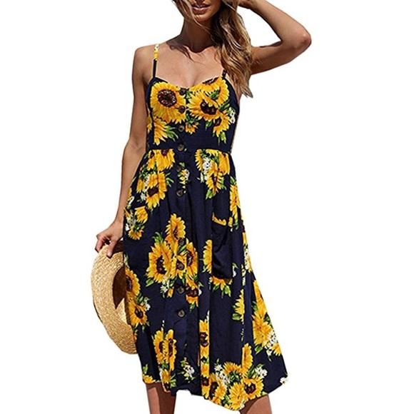 Dresses & Skirts - 🌼NWT Floral Swing Midi Dress🌼